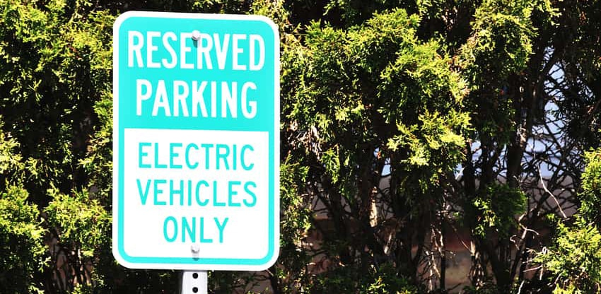 Biden plans to replace US government fleet with electric vehicles