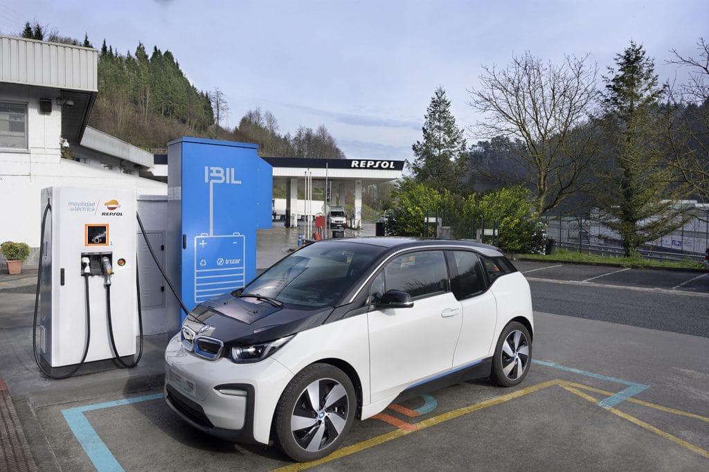 Spanish EV charging station utilises second life electric bus batteries