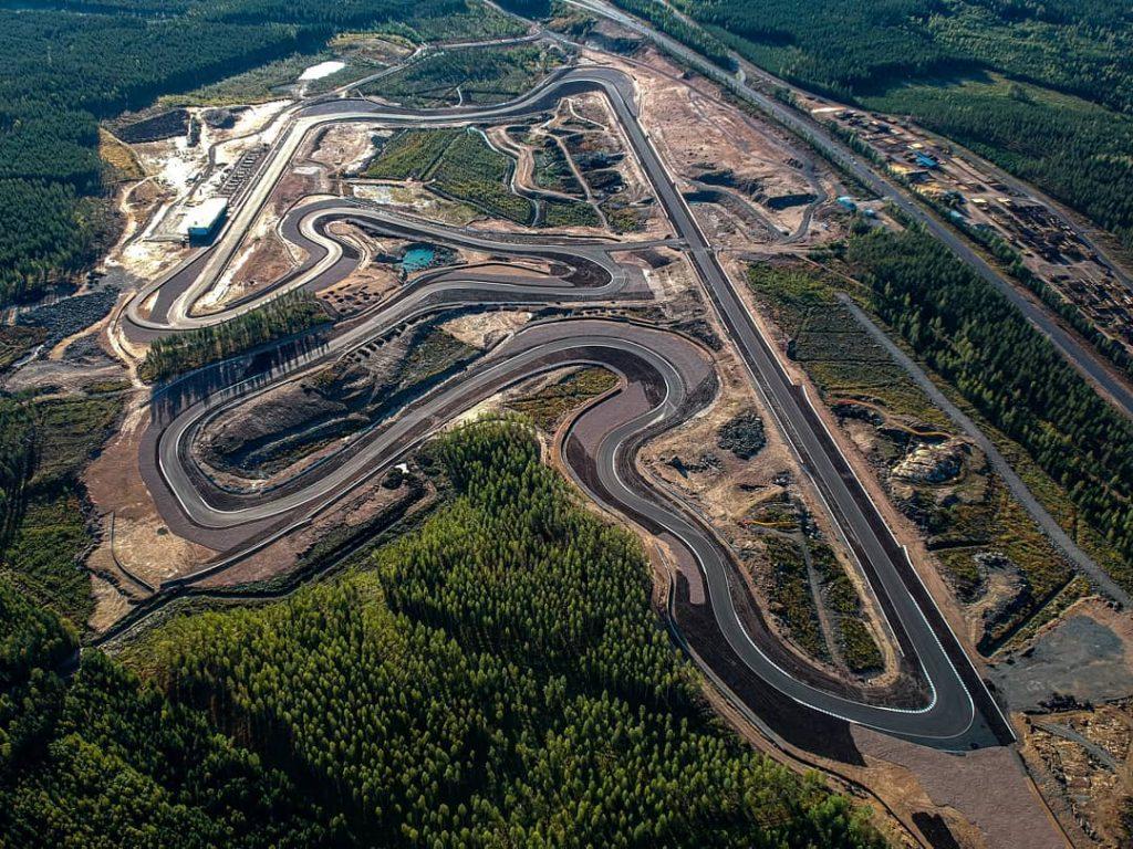 Nokia 5G network turns KymiRing motor racing circuit into CAV test environment