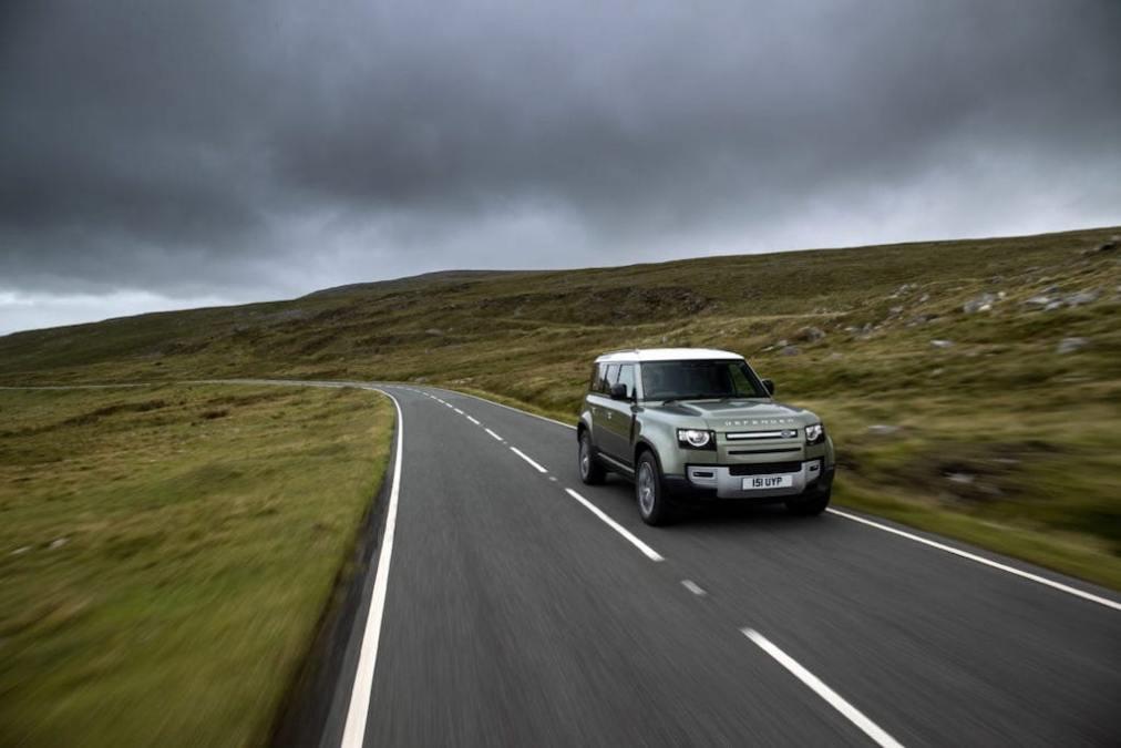 JLR develops hydrogen Land Rover Defender prototype