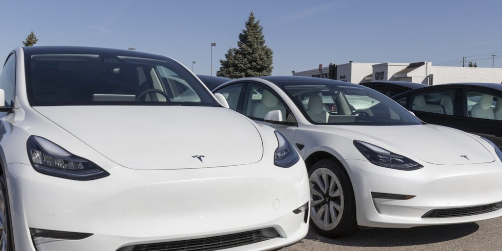 Musk tweet confirms Tesla to make US Supercharger network open to all