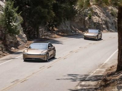 Lucid EV smashes 500-mile barrier on single charge