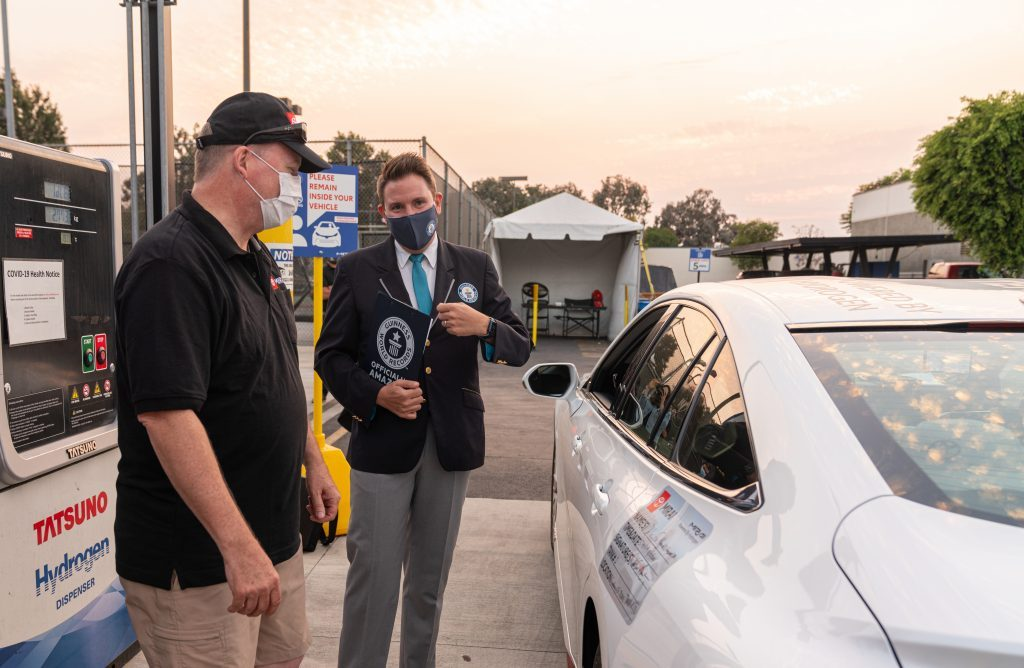 Hydrogen fuel cell electric car drives 1360km without refuelling